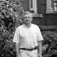 Robert Schellenberg